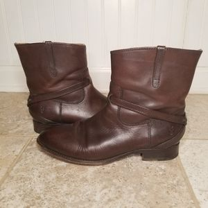Frye Lindsay Plate Brown Leather Boots Size 8.5